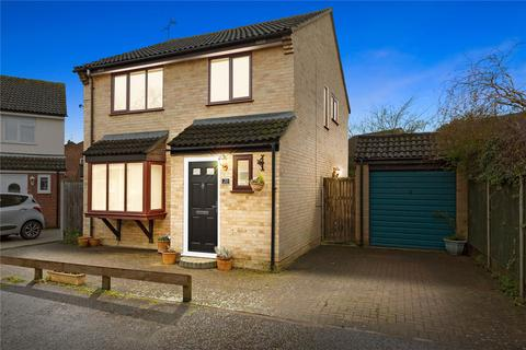 3 bedroom detached house for sale - Quilp Drive, Chelmsford, Essex, CM1