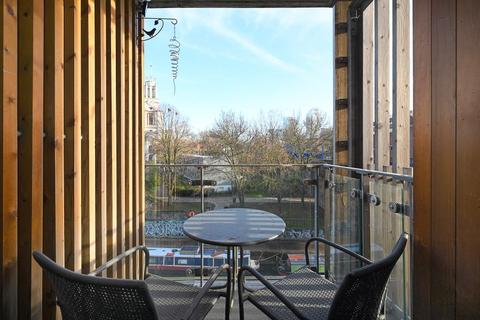 3 bedroom apartment to rent - Limehouse Court Wharf Lane E14