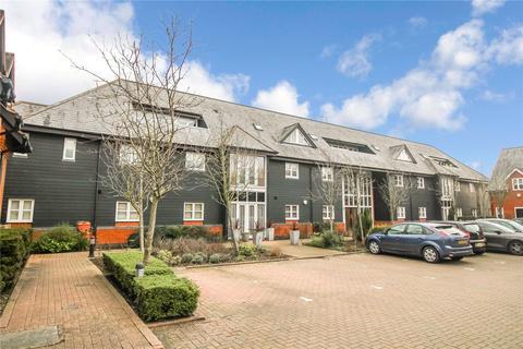 2 bedroom penthouse for sale - Cornsland Close, Upminster, Essex, RM14