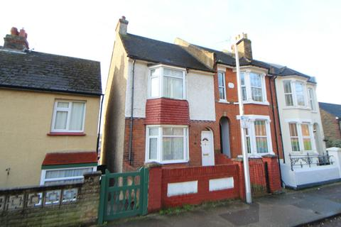 1 bedroom house share to rent - Longhill Avenue, Chatham, ME5