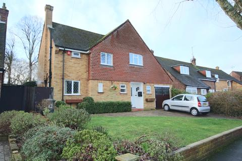 3 bedroom detached house for sale - Walker Road, Maidenhead