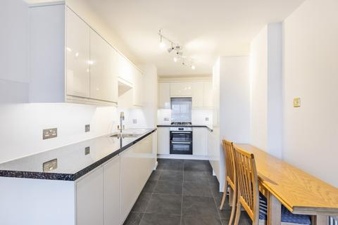 2 bedroom flat to rent - The Highway London E1W