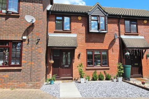 2 bedroom terraced house for sale - Lichfield Close, Chelmsford, Essex, CM1
