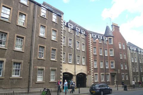 Studio to rent - Webster's Land, Grassmarket, Edinburgh, EH1 2RX