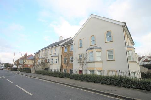 2 bedroom apartment to rent - Upper Park Road, Bromley
