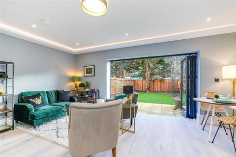 2 bedroom flat for sale - Creffield Road, London, W5