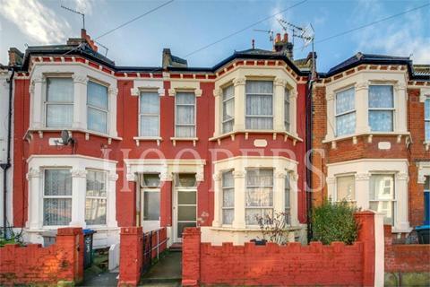 3 bedroom terraced house for sale - Osborne Road, London