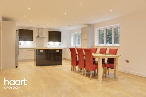 3 bedroom apartment for sale - Foxley Lane, PURLEY