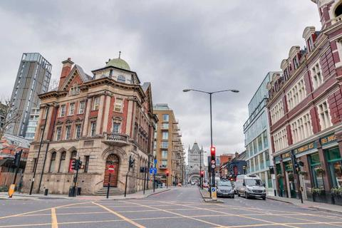 4 bedroom apartment to rent - Tower Bridge Road, London, Central London