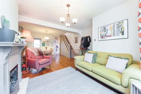 3 bedroom terraced house for sale - Turner Road, Walthamstow, London