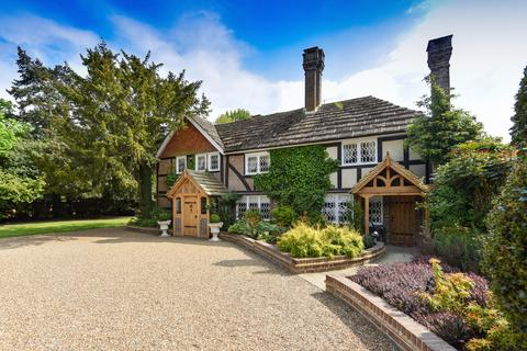 8 bedroom manor house for sale - West Sussex