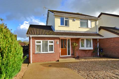 4 bedroom detached house for sale - Alderholt
