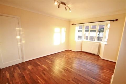 3 bedroom apartment for sale - Rigby Close, Croydon