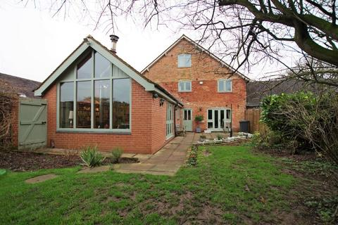 4 bedroom barn conversion for sale - Hound Hill, Marchington