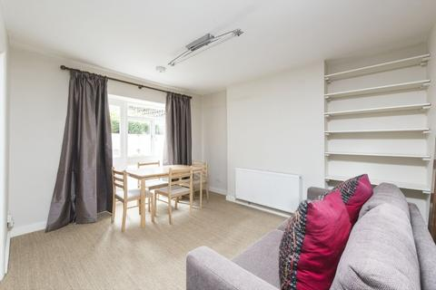 1 bedroom flat for sale - Bennerley Road, London, SW11
