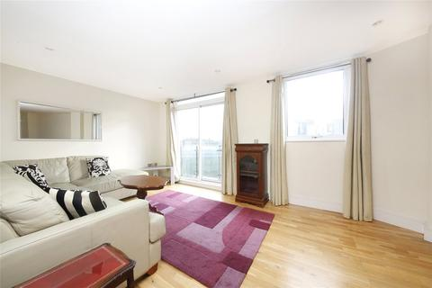 2 bedroom flat to rent - Park Heights Court, 1 Wharf Lane, London, E14