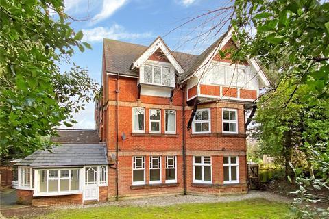 2 bedroom flat for sale - Pine Tree Glen, Bournemouth, Dorset, BH4