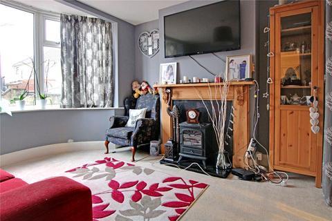 4 bedroom semi-detached house for sale - Wheeler Avenue, Swindon, Wiltshire, SN2