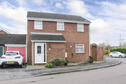 3 bedroom detached house to rent - Beatty Road, Eaton Socon
