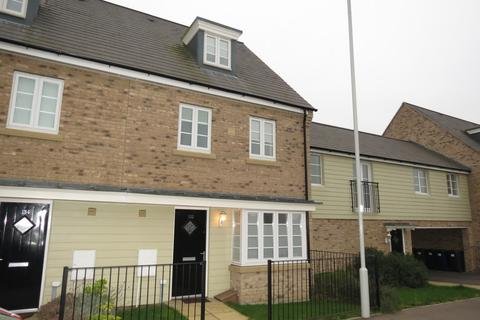 4 bedroom terraced house to rent - Stonehill, Loves Farm