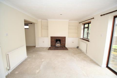 3 bedroom end of terrace house to rent - Lees Hill, South Warnborough