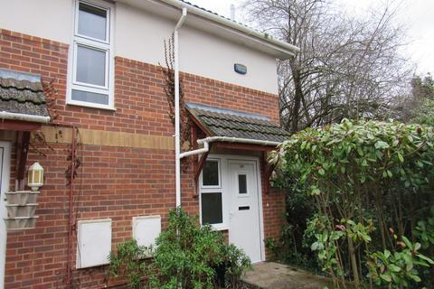 2 bedroom apartment to rent - Willow Drive, Ringwood