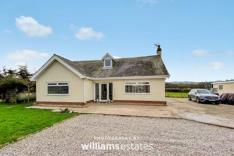 4 bedroom detached bungalow for sale - Corbett Avenue, Talacre