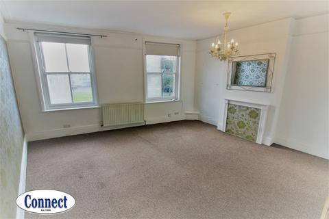 2 bedroom apartment to rent - The Green, Winchmore Hill