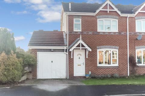 3 bedroom semi-detached house for sale - Appledore Close, Victoria Dock, Hull, HU9 1PZ