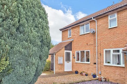 3 bedroom end of terrace house for sale - Hindburn Close, Brickhill, Bedford, MK41 7YJ