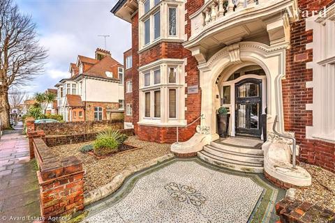 2 bedroom flat for sale - Windlesham Hall, 7/9 Windlesham Avenue, Brighton, East Sussex, BN1 3AH