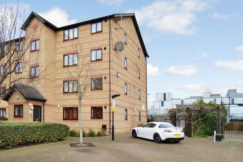 2 bedroom flat to rent - Ringwood Gardens, Isle of Dogs E14