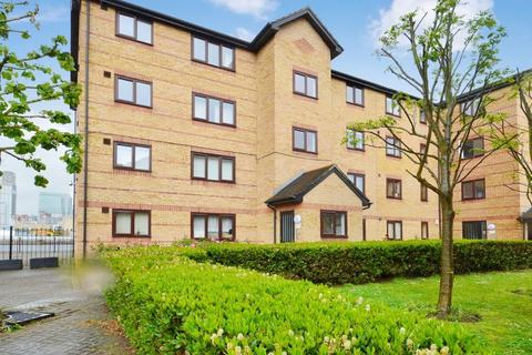 1 bedroom flat to rent - Ringwood Gardens, Isle of Dogs E14