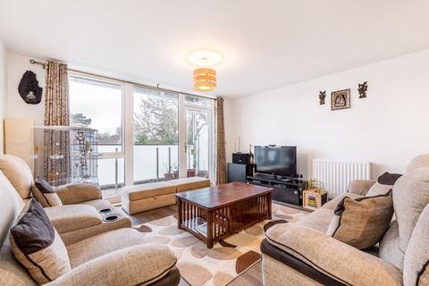 3 bedroom apartment for sale - 10 Glebe Way, West Wickham