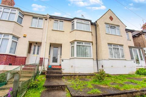 3 bedroom terraced house for sale - Bracewell Avenue, Greenford