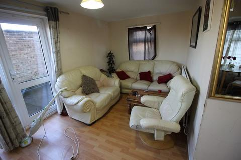3 bedroom apartment to rent - Butterworth Path, Luton