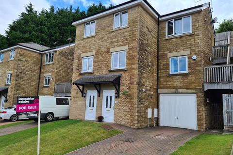 3 bedroom semi-detached house for sale - Winchester Avenue, Bowerham