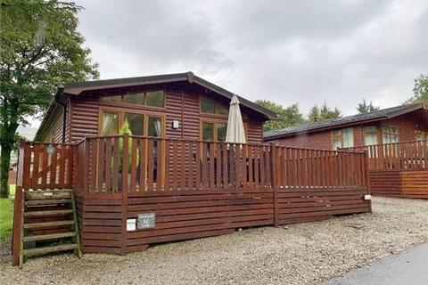2 bedroom lodge for sale - Patterdale Road, Windermere, LA23