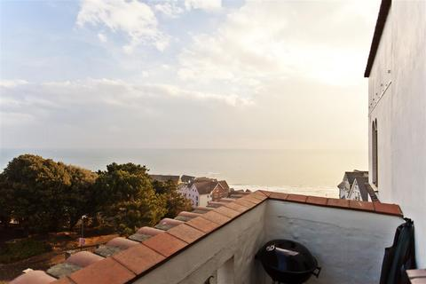 2 bedroom apartment for sale - Sea Road, Boscombe, Bournemouth