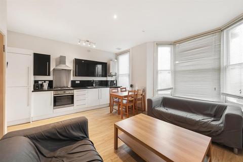 2 bedroom flat to rent - Bedford Road, SW4