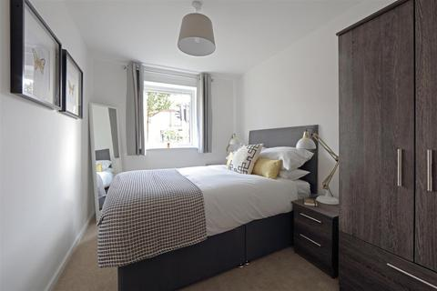 2 bedroom apartment to rent - Edwin Court, Eccles, Manchester