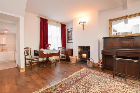2 bedroom terraced house for sale - Brook Street, Hastings