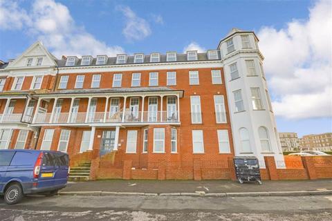 2 bedroom flat for sale - Lewis Crescent, Margate, Kent
