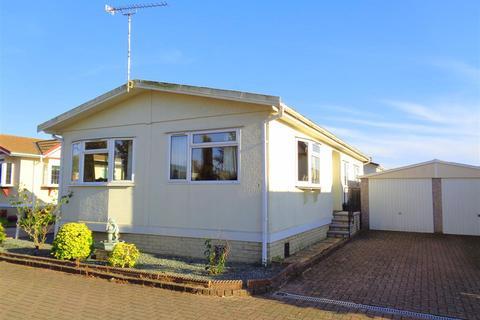 2 bedroom park home for sale - Frensham Avenue, Poplars Court, Bognor Regis
