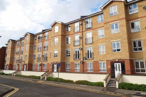 1 bedroom apartment to rent - Central Luton with Parking