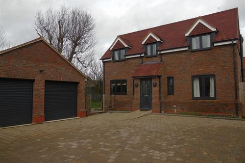 4 bedroom detached house to rent - Aston Clinton, Green End Street, Aylesbury