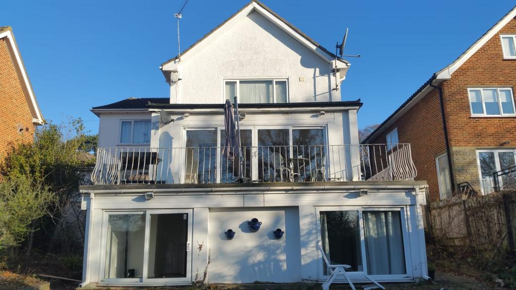 Room to Let, Old Park View, Winchmore Hill, EN2