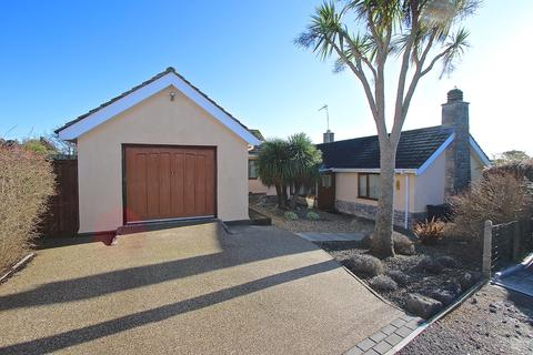4 bedroom bungalow for sale - PARSONS CLOSE, SWANAGE