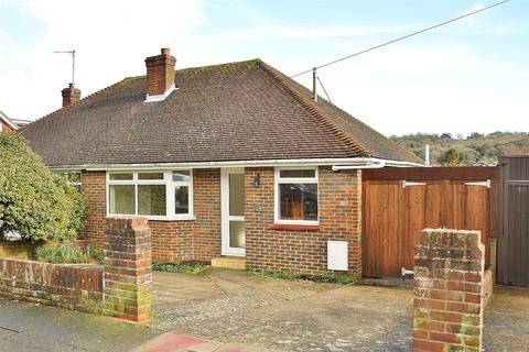 2 bedroom bungalow for sale - Parham Road, Findon Valley, West Sussex, BN14