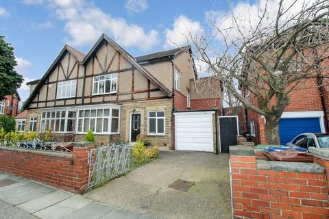 4 bedroom semi-detached house to rent - Newbrough Crescent, Newcastle upon Tyne, Tyne and Wear, NE2 2DQ